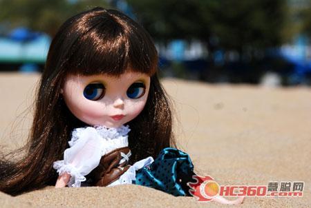 可爱大眼娃娃 海滩度假一日游(图)